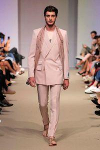 costume croisé homme rose