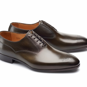 chaussures vert bronze patinée Richelieu bout fleurie