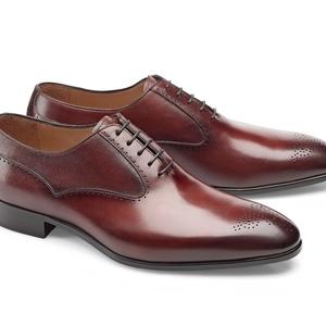 chaussures bordeaux patinée Richelieu bout fleuri